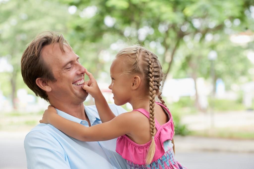 A következő csillagjegyekből lesznek a legjobb apák