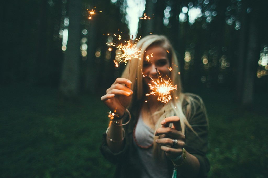 Napi horoszkóp december 31. kedd – Az év vége több jegynek sok-sok meglepetést tartogat!