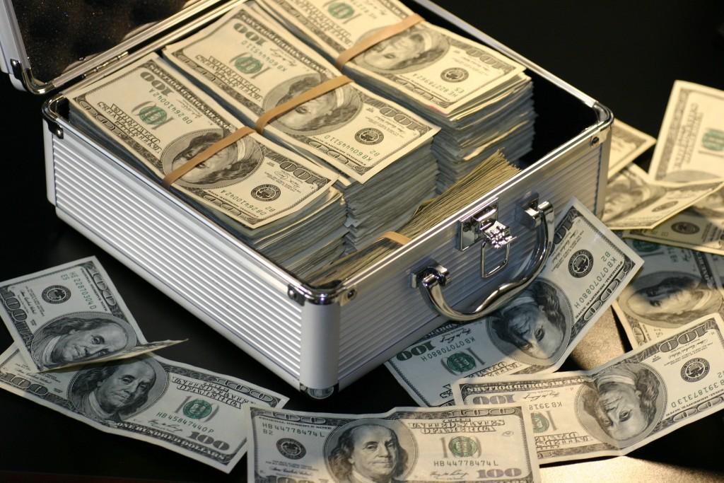 Nagy júniusi pénzhoroszkóp! Ha ez a csillagjegyed, dőlni fog hozzád a pénz