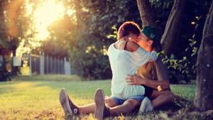 Ha kíváncsi vagy, mi vár rád a szerelemben az év második felében, most megtudhatod!