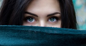 Az Ikrek hirtelen rosszul lesz, az Oroszlán titkos szerelemnek, sőt gyermekáldásnak örülhet, a Vízöntő terve kudarcba fullad